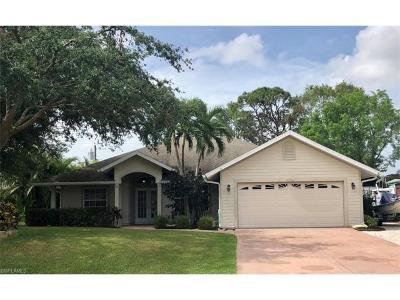 Bonita Springs Single Family Home For Sale: 26942 Lost Woods Cir