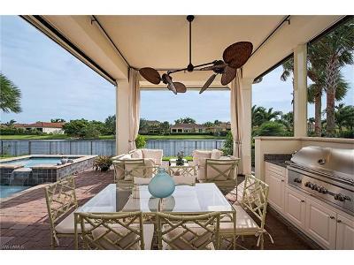 Naples Single Family Home For Sale: 2240 Residence Cir