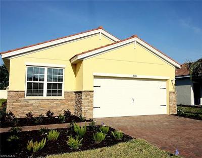 Alva Single Family Home For Sale: 2185 Summersweet Dr