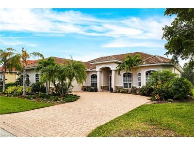 Bonita Springs Single Family Home For Sale: 24925 Fairwinds Ln