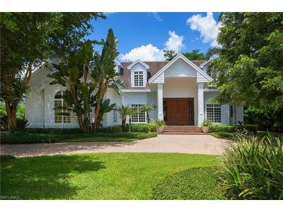 Naples Single Family Home For Sale: 2750 Treasure Ln