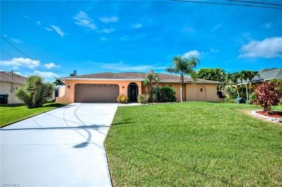 Cape Coral Single Family Home For Sale: 1728 SW 44th St