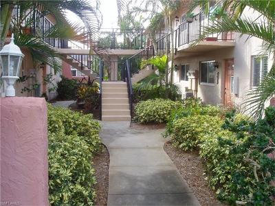 Glades Country Club Condo/Townhouse For Sale: 185 Palm Dr #E