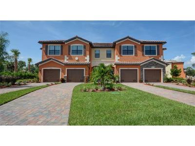 Fort Myers Condo/Townhouse For Sale: 10137 Via Colomba Cir