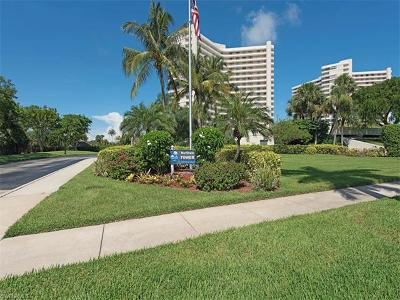 Marco Island Condo/Townhouse For Sale: 380 Seaview Ct #612