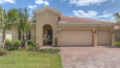 Fort Myers Single Family Home For Sale: 3153 Royal Gardens Ave