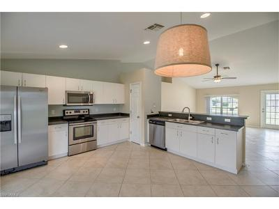Fort Myers Single Family Home For Sale: 211 Manasota St