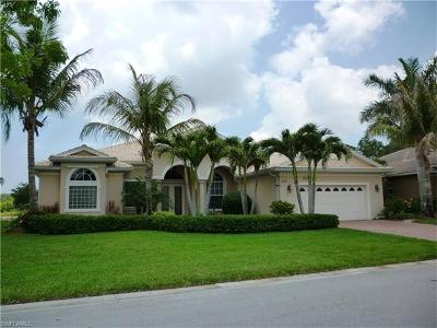 Naples Single Family Home For Sale: 4990 Cerromar Dr