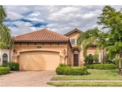 Naples Single Family Home For Sale: 7307 Lantana Cir