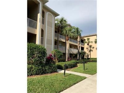 Naples Condo/Townhouse For Sale: 2690 Cypress Trace Cir #3232
