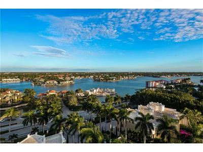 Naples Condo/Townhouse For Sale: 4021 Gulf Shore Blvd N #1106