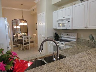 Naples Condo/Townhouse For Sale: 3981 Bishopwood Ct E #105