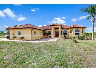 Naples Single Family Home For Sale: 4581 22nd Ave NE