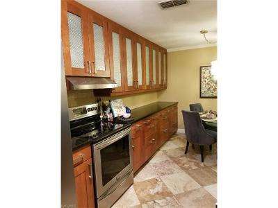 Naples Condo/Townhouse For Sale: 14870 Pleasant Bay Ln #1103
