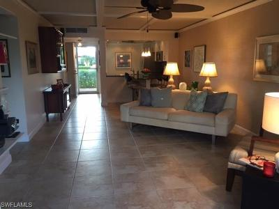 Naples Condo/Townhouse For Sale: 1086 Forest Lakes Dr #9108