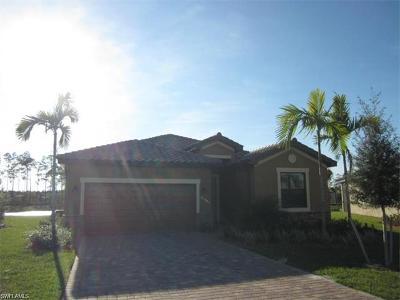 Estero Single Family Home For Sale: 20445 Cypress Shadows Blvd