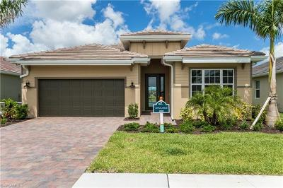 Naples Single Family Home For Sale: 14615 Topsail Dr