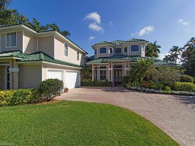 Naples, Marco Island Single Family Home For Sale: 450 Palm Cir W