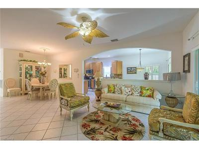 Naples Single Family Home For Sale: 7837 Stratford Dr