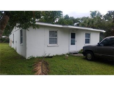 Naples FL Single Family Home For Sale: $159,000