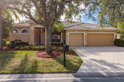 Bonita Springs Single Family Home For Sale: 8850 Creek Run Dr