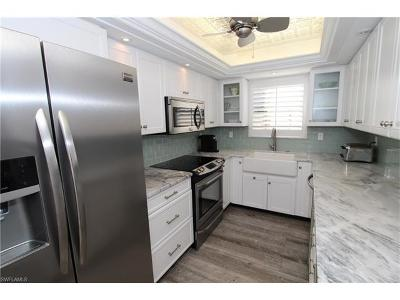 Naples Condo/Townhouse For Sale: 185 4th St S #2