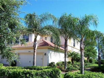 Lee County Condo/Townhouse For Sale: 17481 Old Harmony Dr #102