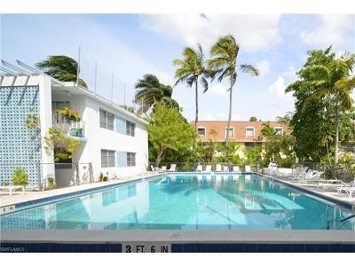 Condo/Townhouse For Sale: 1295 Gulf Shore Blvd S #223