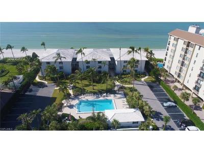 Naples Condo/Townhouse For Sale: 10573 Gulf Shore Dr #203