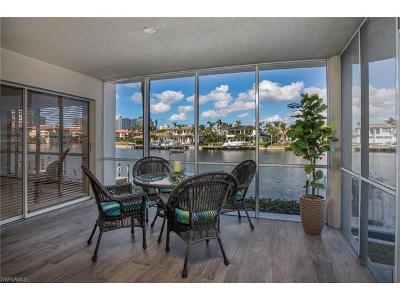 Condo/Townhouse Sold: 255 Park Shore Dr #3-312