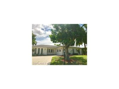 Naples Single Family Home For Sale: 3461 Lakeview Dr