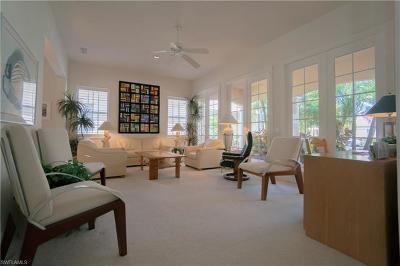Naples Single Family Home For Sale: 3944 Upolo Ln