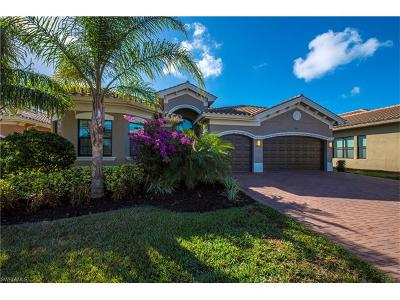 Naples Single Family Home For Sale: 3026 Cinnamon Bay Cir