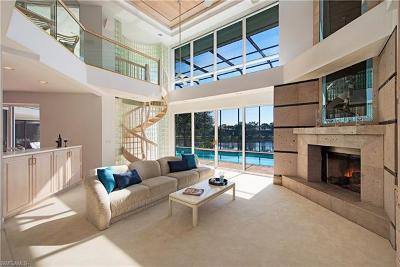 Bonita Springs Single Family Home For Sale: 3331 Oaklake Ct