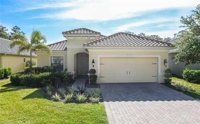 Naples Single Family Home For Sale: 3631 Canopy Cir