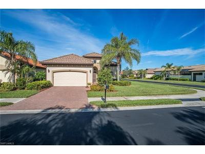 Naples Single Family Home For Sale: 7847 Valencia Ct