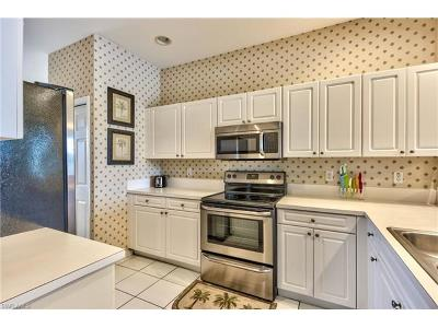Naples FL Condo/Townhouse For Sale: $218,500