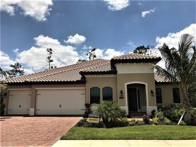Naples Single Family Home For Sale: 1443 Mockingbird Dr