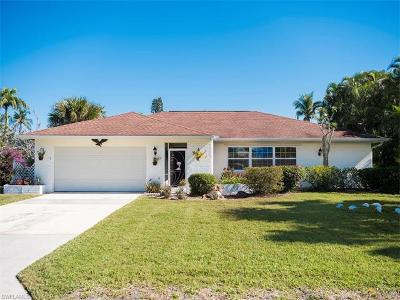 Naples Single Family Home For Sale: 337 Bay Meadows Dr