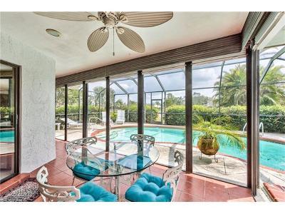 Naples Single Family Home For Sale: 2218 Kings Lake Blvd