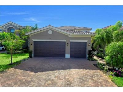 Naples Single Family Home For Sale: 3316 Pacific Dr