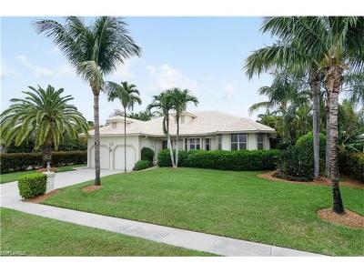 Marco Island Single Family Home For Sale: 580 Tigertail Ct