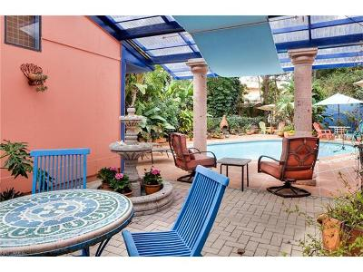 Naples FL Single Family Home Pending With Contingencies: $995,000