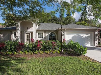 Naples Single Family Home For Sale: 940 Moon Lake Dr