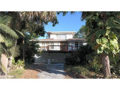 Naples FL Single Family Home For Sale: $680,000