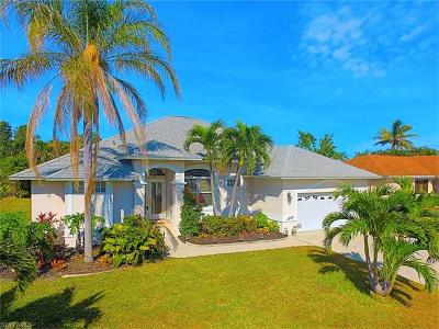 Marco Island Single Family Home For Sale: 1298 Bayport Ave