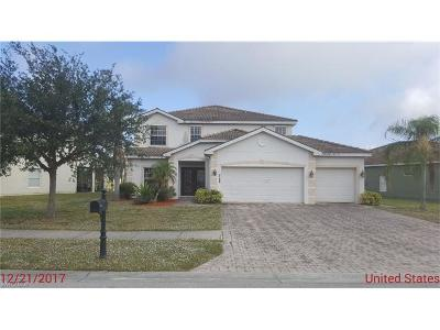 Valencia Lakes Single Family Home Pending With Contingencies: 2788 Inlet Cove Ln W