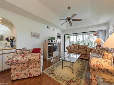 Condo/Townhouse For Sale: 269 Deerwood Cir #15