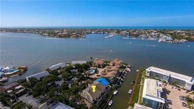 Naples FL Condo/Townhouse For Sale: $950,000