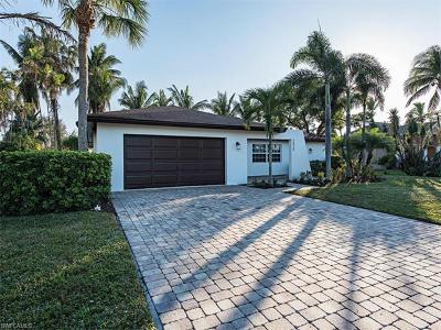 Naples Single Family Home For Sale: 2424 Longboat Dr